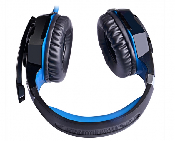 Game Playing Headset Noise Cancellation Over Ear Gaming Headset With Microphone LED