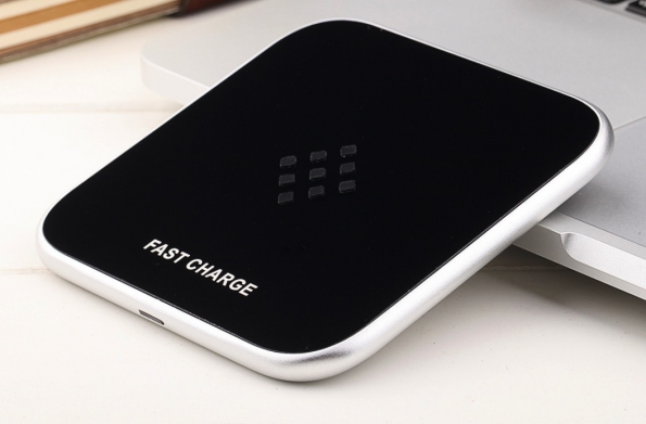Meal Case Elegance Style Wireless Charging Pad