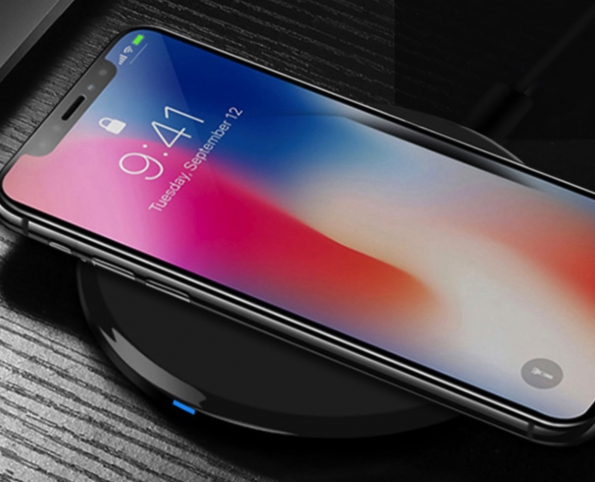 Glass Wireless Charge Pad ABS With UV Highly Polished Surface With LED Indicator